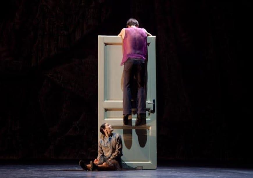 Alice Renavand et Nicolas Le Riche dans Appartement, Palais Garnier, 2012