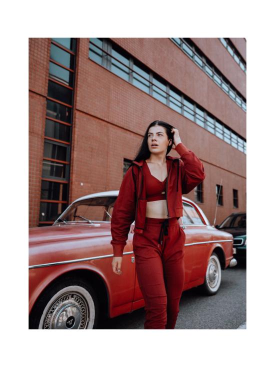 Yvette Lilly hupparitakki, punainen