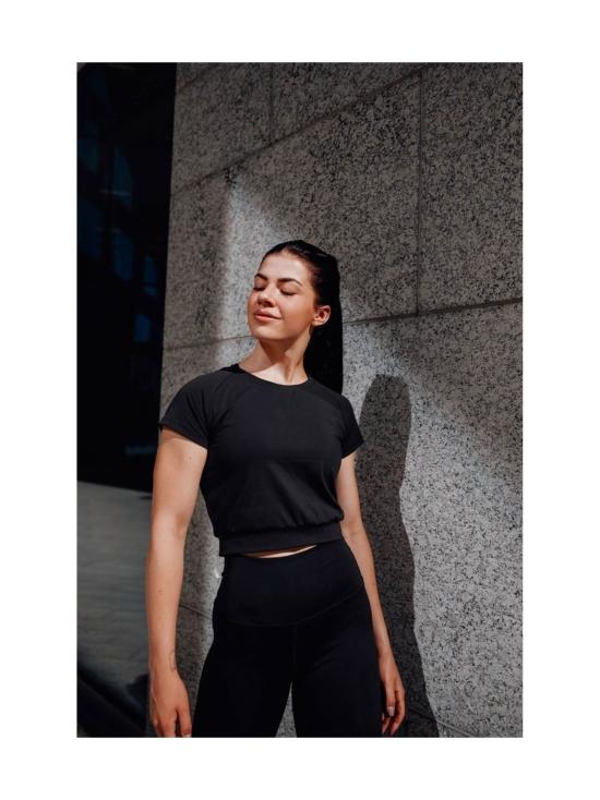 Yvette Evelina T-paita, musta