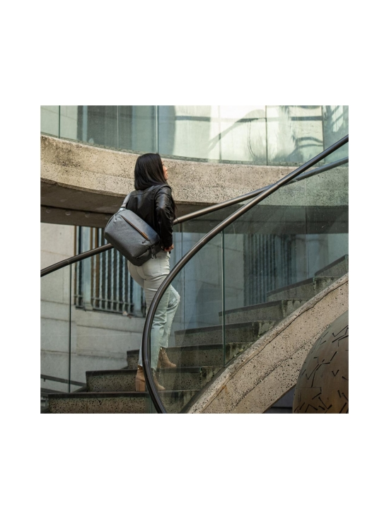 Peak Design - Peak Design Everyday Sling 3L kameralaukku - Ash - null | Stockmann - photo 6