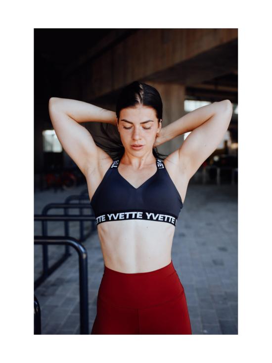 Yvette Alexandra urheilurintaliivi, musta