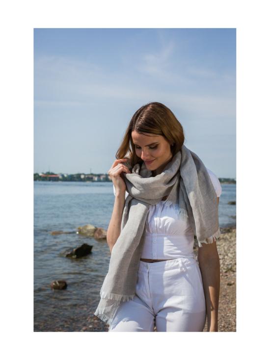 Nordic Swan Living - Pellava silkki -huivi - TUMMANHARMAA | Stockmann - photo 1