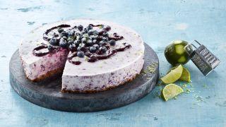 Ostekake med blåbær og lime
