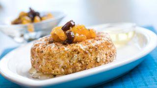Stekt camembert med kompott