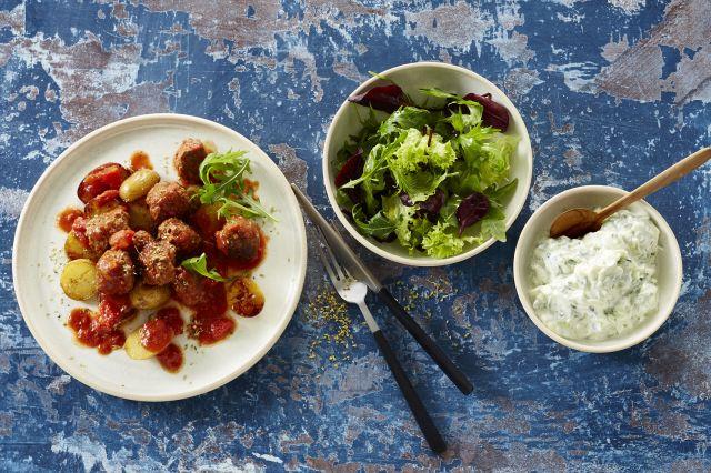 Greske kjøttboller i tomatsaus