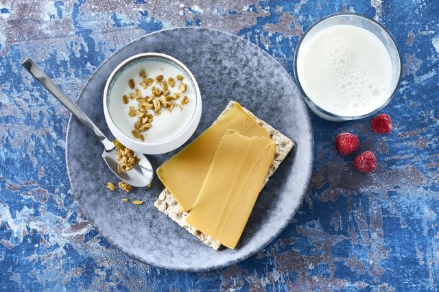 Melk, yoghurt og brunost