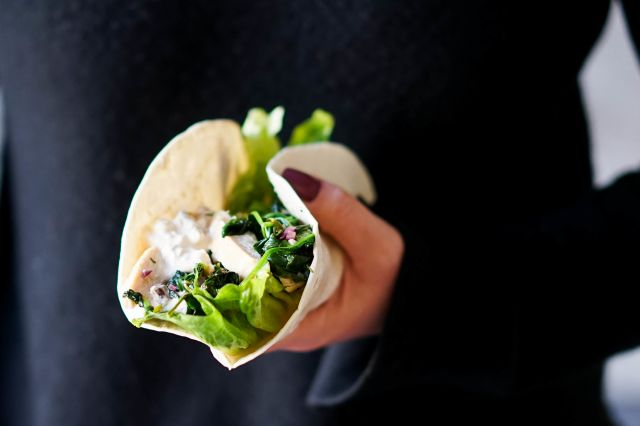 wraps med kylling og cottage cheese dressing