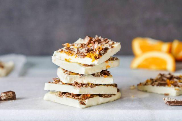 yoghurt- og sjokoladebar med appelsin og kvikklunsj