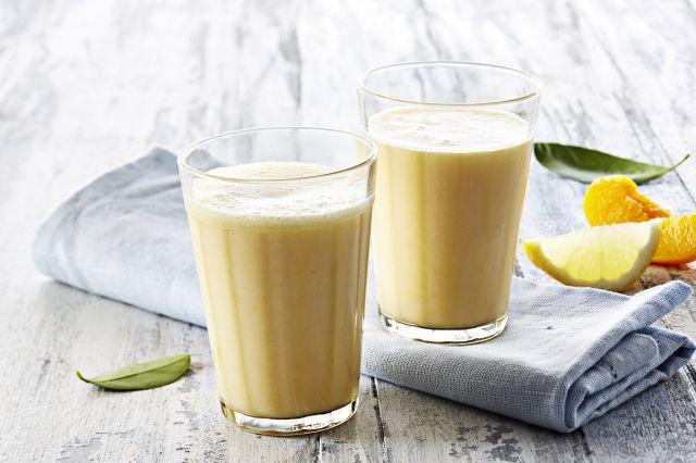 Ferskenmilkshake med sitron.