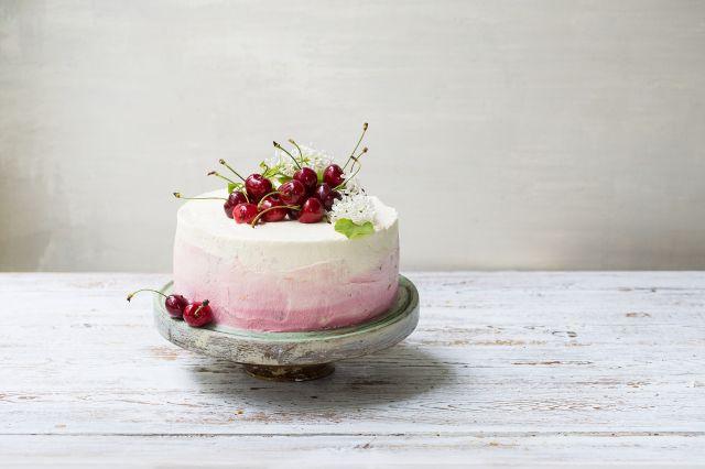 Bløtkake med kirsebær og mascarpone