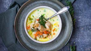 Fyldig oste- og grønnsaksuppe