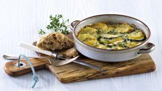 Poteter og squash med ost og urter