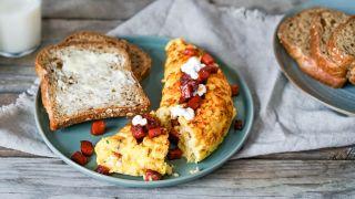 omelett med cottage cheese og chorizo