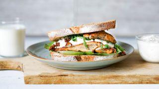 sandwich med kyllingsalat