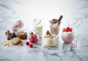 Varianter av milkshake og bær