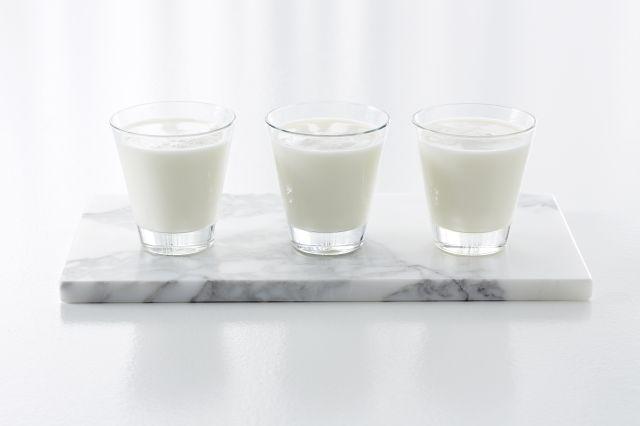 Tre glass med melk
