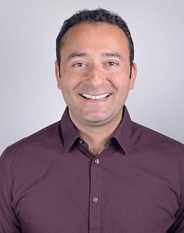 Chiropractor Dr Hooman Zahedi