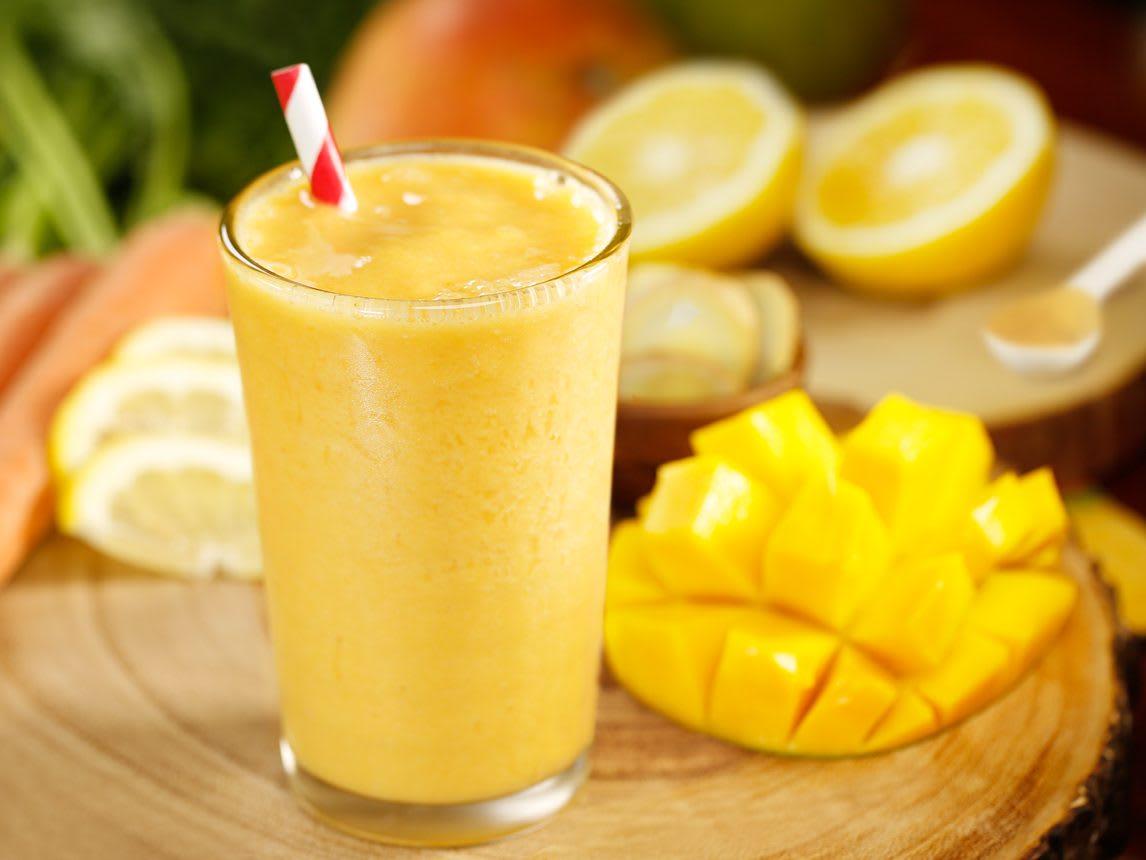 apricot smoothie shake