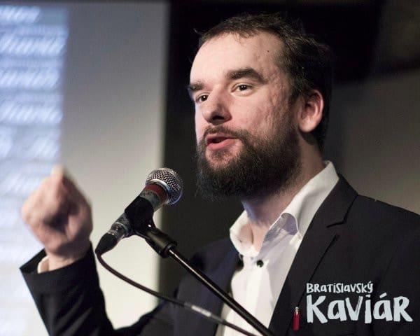 Matej Mou0161ko, Bratislavsku00fd Kaviu00e1r