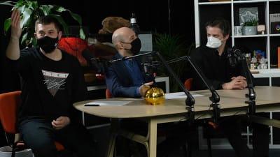 Joe Trendy, Tomáš Hudák, Matej Adámy, Bratislavský Kaviár