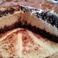 pastel de chocolate con crema de mascarpone y café