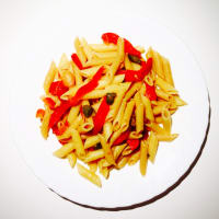 Penne with four red