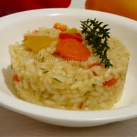 Risotto with peppers, carrots and thyme