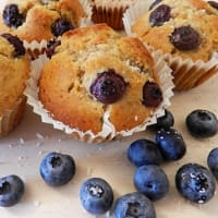 Muffin di farina integrale con mirtilli