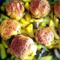 alcachofas y patatas rellenas