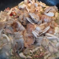 Lumaconi la salsa de pescado paso 5
