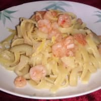 Lemon Tagliolini with shrimp, zucchini and lemon