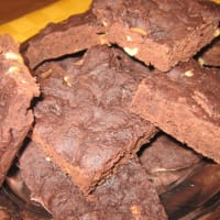 Vegan Brownies with chocolate and hazelnuts