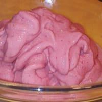 Vegano Helado de fresa sin máquina para hacer helados