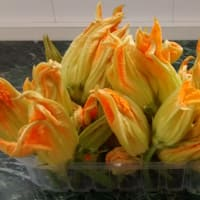 flores de calabacín rellenas