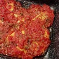 Seitán con salsa de tomate
