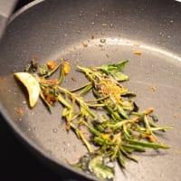 Espagueti con pan rallado de limón con hierbas paso 5
