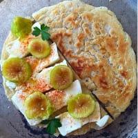 texto torta de higos y queso de pasta blanda
