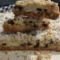 Crumbled ricotta and chocolate chips