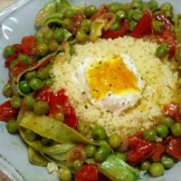 Huevos con cuscús con verduras