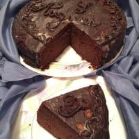 Sacher torte di compleanno