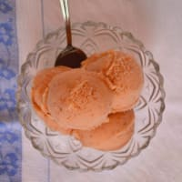 Ice-cream with figs