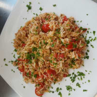 Rice with tuna and tomatoes