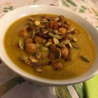 Soup spiced pumpkin and chickpeas