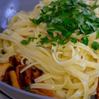 Noodles with chanterelles step 3