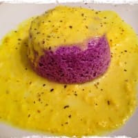 Flan purple cabbage hood and parmesan cheese fondue with turmeric