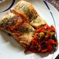 Salmon fillets with tasty peppers