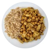Sliced chicken curry with coconut milk and chickpeas