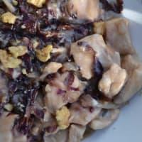 Bocconcini di pollo con radicchio, gorgonzola e noci