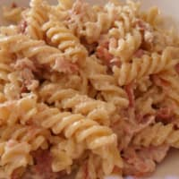 Fusilli with bacon and walnuts