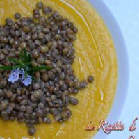 Cream of pumpkin soup with lentils